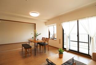 リビングと洋室、繋がる空間